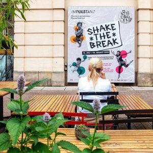 Shake the break. . . . #ImPulsTanz #Festival #impulstanz18 #ipt_workshops18 #8tension18 #dance #vienna #austria #woman #instagood #pictureoftheday...
