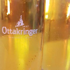 #mqvfw schnelles #Ottakringer, dann weiter zum #schnitzel #bier #museumsquartier MQ Daily