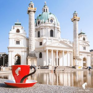Wien genießen. Seit 1862. #vienna #austria #wien #inspiration #genuss #coffeelove #kaffee #kaffeehaus #tradition #juliusmeinlcoffee #liveforthemoment #enjoy #summer...