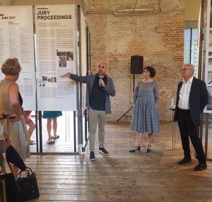 Behausung für das #BesteHaus der #EU: Eröffnung #MiesVanDerRohe #Award @architekturzentrum_wien heute 19h