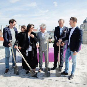 Spatenstich über den Dächern von Wien! #Heute zum #Baubeginn auf dem @leopold_museum im @mqwien Dort entsteht die...