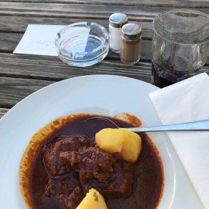 Gusch, wenn ich mein #Gulasch ess! #hostmi Gasthaus Rebhuhn