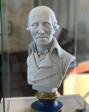 فرانتس یوزف هایدن (به آلمانی: Franz Joseph Haydn) (زادهٔ ۳۱ مارس ۱۷۳۲ در روهراو، اتریش - درگذشتهٔ...