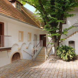 Am kommenden Sonntag spielen wir im wunderschönen Beethoven Museum in Heiligenstadt. Auf dem Programm stehen Werke von...