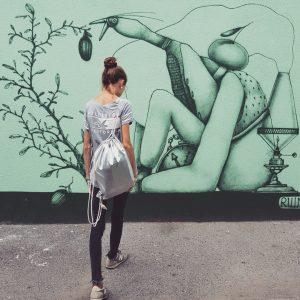 [...] #einschönerrückenkannauchentzücken #me #getoffmyback #back #snap #snapshot #street #streetstyle #streetart #graffiti #vienna #igersvienna #igersviennaontour #brunnenmarkt #yppenplatz #viennalove...