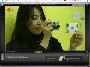 Idyllisch und postmodern...3 ASIFAKEIL im ZDF; 2008: Maya Yonesho performes live demonstrating her animation technique, Foto_©_Stefan Stratil...