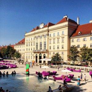 #vienna #austria #wien #österreich #museumquartier #city #cityscape #palais #ringstrasse #summer #bluesky #travel #travelgram #walkthecity #wanderlust #leopoldmuseum #egonschiele...