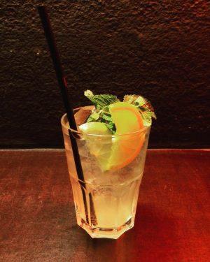 Elektro Mule #technoafterwork #wien #vienna #bar #drinks #cocktail #longdrink Elektro Gönner