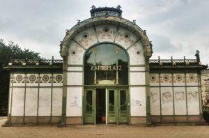 stadtbahn station at karlsplatz, vienna by otto wagner from 1898. #ottowagner #wagner2018 #architecture #vienna #wien #austria #jugendstil...