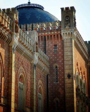 """Arsenal Wien 3 . Heeresgeschichtliches Museum . Das Projekt des seinerzeitigen """"Waffenmuseums"""" wurde vom dänischen ArchitektenTheophil von..."""