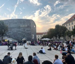 an evening to remember 👏🏼❤️🎹 #openpiano #comeandplay #comeandlisten . . . #visitMQ #placetobe #music #piano #freeconcert