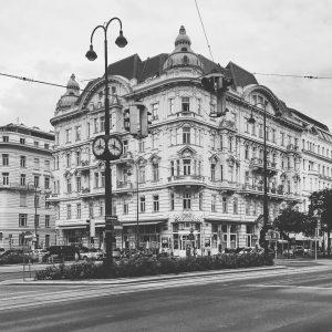 #finesettimana #радостижизни #vienna #прогулки #architecture Vienna , Austria