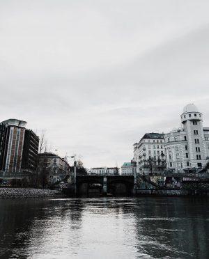 moody • • • • • #moodygrams #donaukanal #austria #topaustriaphoto #travelgram #wien #urania #vienna #vienna #architecturephotography #architecture...