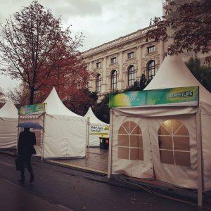 Heute sieht's noch etwas trostlos aus, aber morgen steppt hier der Bär! Wir haben das Streetlife Festival...