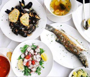 Repost #thank #you @gofindalice #fisch #Fisch #the #best #in #town #vienna #wien #naschmarkt #UMARFISCH #yummy #fresh #seafood...