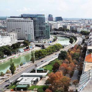 Austria Vienna Donaukanal #austria #österreich #австрия #vienna #wien #вена #visit_vienna #viennanow #viennagoforit #ringturm ...