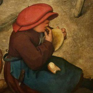 Жующий ребёнок символизирует , что все 5 дней в Вене я только и делала, что постоянно ела.... но вот решила сходить в картинную галерею, не просто сходить, а с конкретной целью, посмотреть Брейгеля... О! Боже 🤦🏻♀️! но экспозиция закрылась вчера, следующий раз откроется 2 октября 🤷♀️ Фрагмент картины «крестьянская свадьба», одной из не многих картин Б. оставшихся в основной экспозиции.