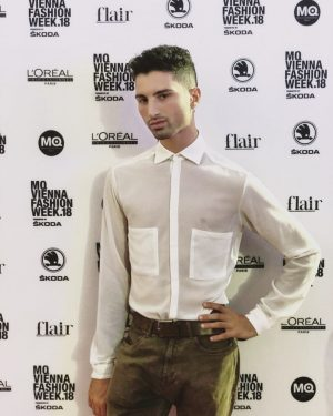 #viennafashionweek #fashion #vienna #austria #boy #style #shirt #dark #tanned #italian #moda #redcarpet #troppabell