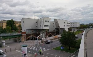 Zaha over Wagner #fromwhereistillstand #zahahadid #ottowagner #vienna #wien #architecture #archilovers #archdaily