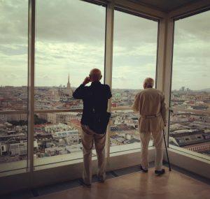 Wien 💕 #whataview #vienna #onthetop #igersvienna #archilovers #openhousewien #ringturm #urbanphotography #window #urban #viennanow #contemplating #instaview Ringturm Wien
