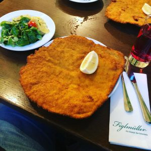 #wennschondennschon #wienerschnitzel #figlmüller Figlmüller (official)