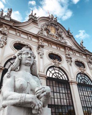 𝐵𝑒𝓁𝓋𝑒𝒹𝑒𝓇𝑒 𝓅𝒶𝓁𝒶𝒸𝑒 ⛲️ • • • #венавеночка #vienna #belvederepalace #belvedere #austria🇦🇹 #austria_memories #iphone7photo #3300milesawayfromhome