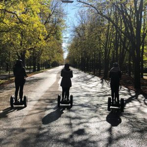 #segwaytour 😍🙌 #vienna#segway#girlsday#girlsjustwannahavefun#speed#funday#citytrip#segwayfun#adventuretime#allblack#autumn#herbstzeit