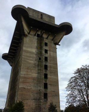 Flak tower at Augarten Vienna #vienna #igers_vienna #potd #tbt #ig_tones #leagueoflenses #citysquad #electric_shotz #playoftones #createandcapture #travelphotography #travelgram...
