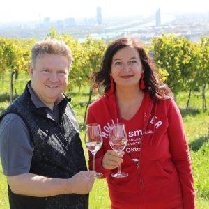 Traumhaftes Wetter beim 12. Wiener #Weinwandertag gemeinsam mit unserem Bürgermeister Michael Ludwig. Raus aus der Wohnung und...