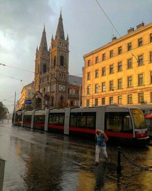 Rain and sun Josefstädter Straße