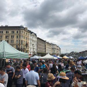 #naschmarkt Flohmarkt am Naschmarkt
