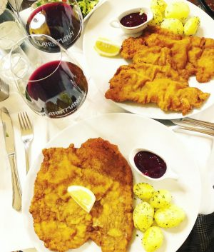 WHEN IN WIEN... 🇦🇹❣️ Schnitzel ❣️ Strudel ❣️ Kaiserschmarrn ❣️