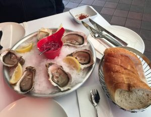 #oysters #clams #beer #vienna #seafood #牡蠣