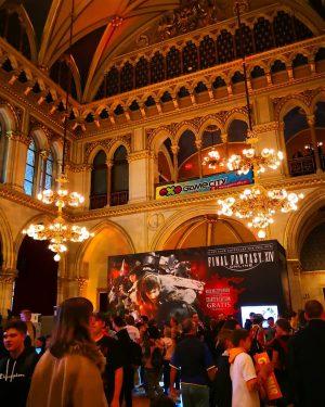 #game #gamers #videogames #videogamers #zocken #zocker #instagamin #gamersofinstagram #gamingislife #esports #event #gamecity2018 #vienna #viennacity #rathaus #rathauswien #fm4fotojagd...