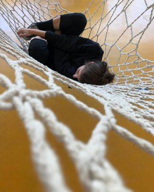 Black and Yellow Black and Yellow 💛 @viennadesignweek #hammock #net #installation #nanotourism #dreaming #viennadesignweek 📷 @tommitomson VIENNA...