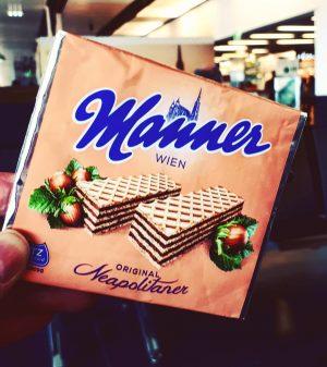 Ein kurzer Stop in Wien, und es kann weiter gehen ✈ #wien🇦🇹 #vienna #austria #österreich #airport #flughafen...