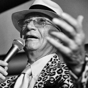 #CécileNordegg #FranzSchubert #LouieAusten #cafekorb #music #concert #fun #instagood #song #frenchsongs #luxury #longhair #blackandwhite #blackandwhitephotography #singer #coffehouse #