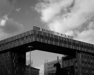 I like train stations. • •• ••• •• • #urban #urbanphotography #street #streetphotography #architecture #photo #architecturephotography #archilovers...