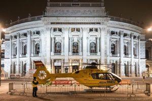 Am Donnerstag und Freitag ist die ÖAMTC Flugrettung von 9-17 Uhr beim Sicherheitsfest am Wiener Rathaus 🚁...