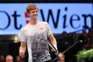 AND THE WINNER IS @kandersonatp! The South African defeats @keinishikori 63, 76(3)! Congratulations! #erstebankopen #kevinanderson #champion (Photo:...