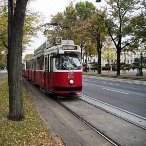 In der Bim übern Ring #herbstinwien #wienerlinien 🌥️ Ringstraße