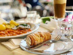 這家咖啡廳100分☕️🥂🍛😋 #Wien #Vienna #Austria #ViennaFood #CafePrückel 🇦🇹