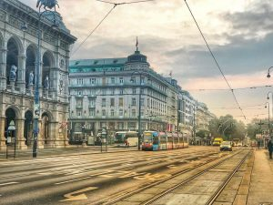 Morning in the city #Vienna Wiener Staatsoper