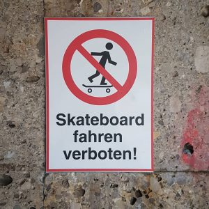 passing by this sign quite often these days ... Karlsplatz is no place for skateboarding. Or is...