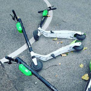 E-Scooter an jeder Ecke und viele offene Fragen. Wo darf man fahren und ...