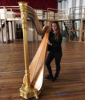 #harp #harpregulation #music #vienna #wien #lyonhealyharps #preparing #for #berio #sequenza #casinocage #wienmodern Probebühne Volksoper