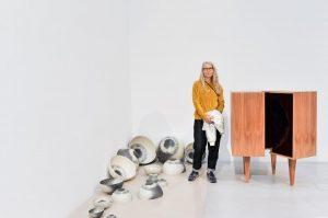 """Artists of the 90s //today presenting Ulrike Johannsen and her work """"Augenarbeit"""" from 1994. """"In ihren Installationen,..."""