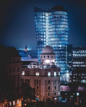 Urania and the Uniqa tower in it's full glowing glory 📸 on a fun nightwalk with the...