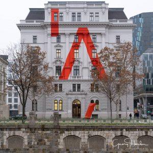 Das neue Gebäude der Akademie der angewandten Künste in der Zollamtsstrasse... #igersaustria #igersvienna #architecturephotography #archidaily #welovevienna #wienliebe...