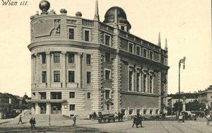 Photo um 1910 Die Wiener Urania wurde 1897 nach Berliner Vorbild vom Niederösterreichischen Gewerbeverein als populärwissenschaftliches Institut...